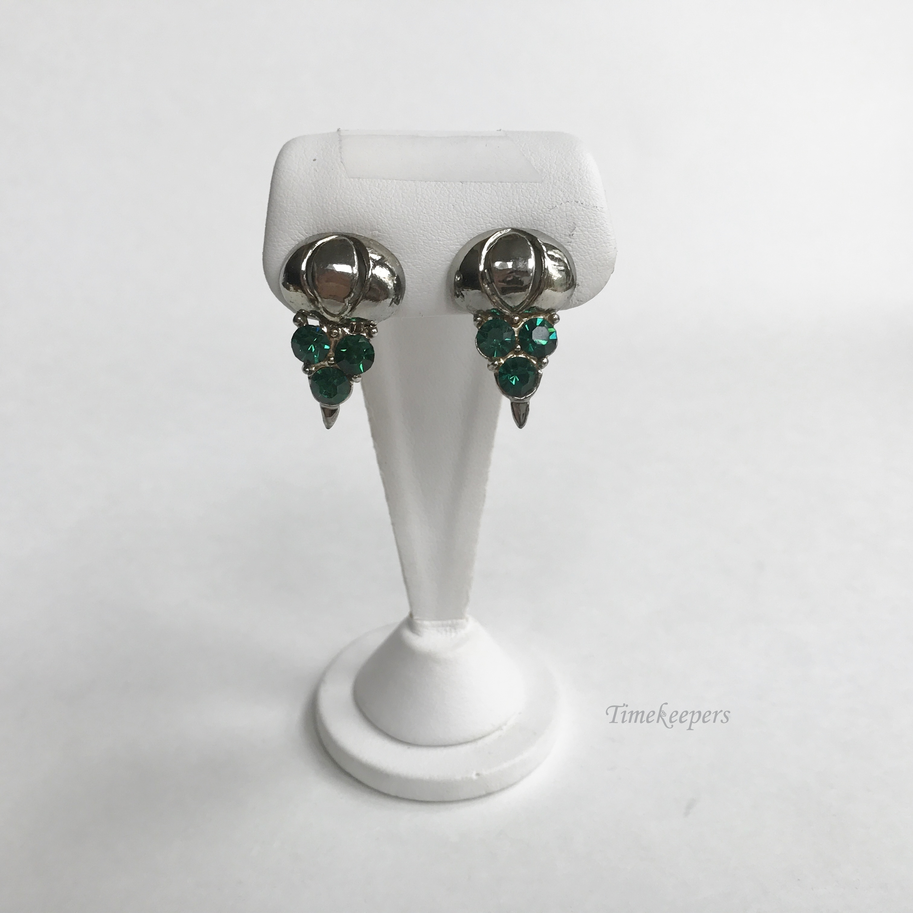 Home Women S Jewelry Earrings E326 Vintage Clic Silver Tone Green Stone Clip On